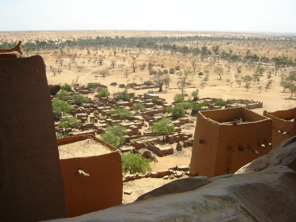 Cliff Dogon Country, Mali